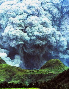 mount-pinatubo-volcano-eruption-1991-the