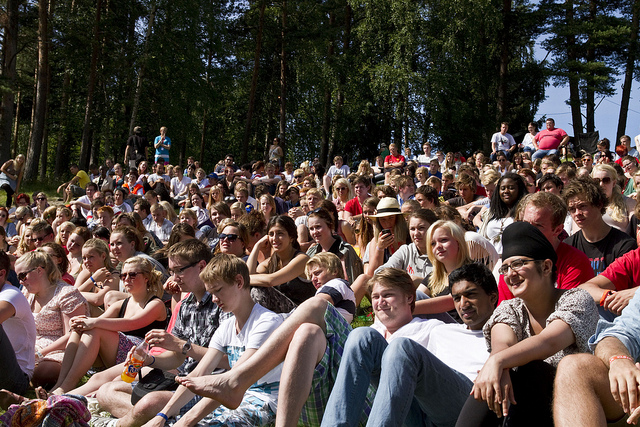 The photo shows many of the young people who attended the youth camp on Utøya. The photo was taken on July 21, the day before the massacre, when Norway's Foreign Minister Jonas Gahr Stoere visited the camp.