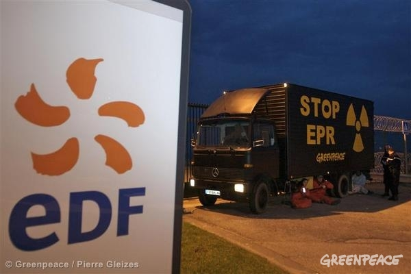 Greenpeace-EDF-protest