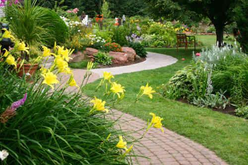 garden-design500-x-333-38-kb-jpeg-x.jpg