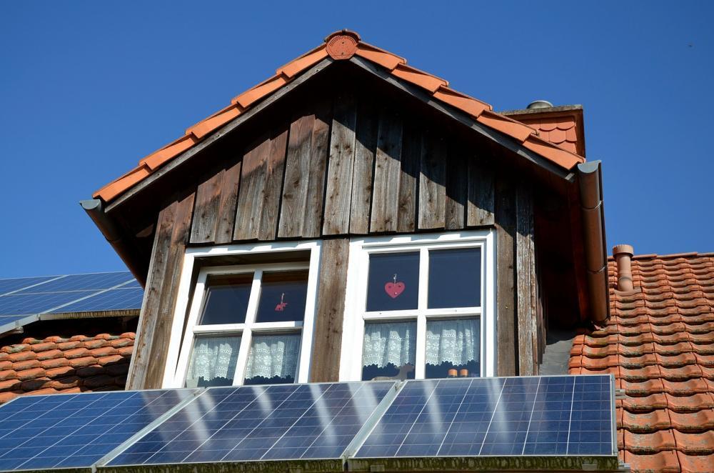 photovoltaic-533688_1280.jpg