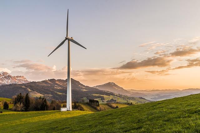 wind-turbine-2218457_640.jpg