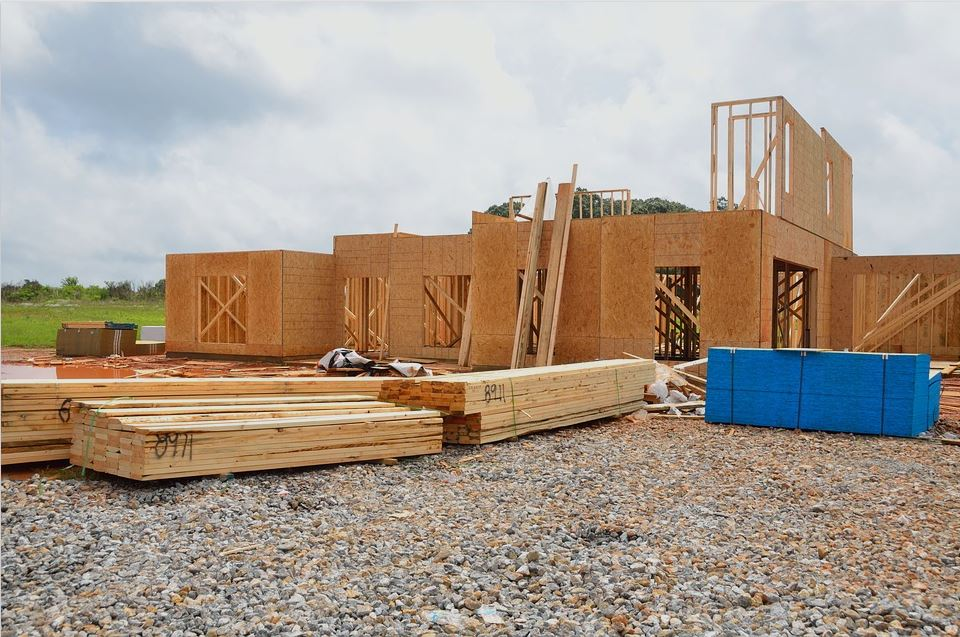 4 Ways to Use Recyclable Materials in Your Home Construction.JPG